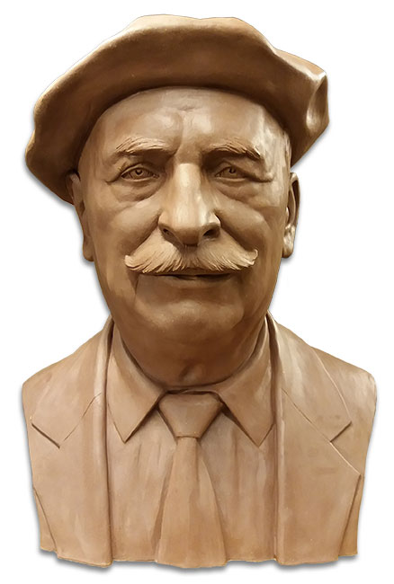 Bust in tribute to a man. Sculptors in Barcelona